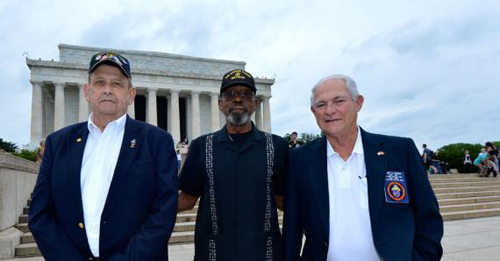 Marine Veterans Return to Havana to Raise Flag